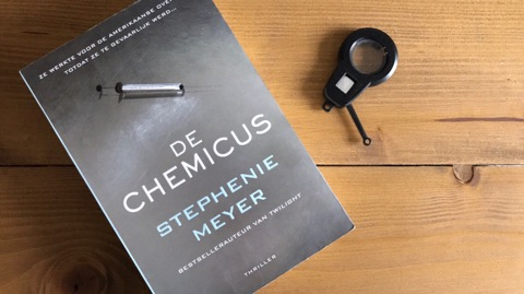 De Chemicus van Stephenie Meyer Recensie by Book Barista